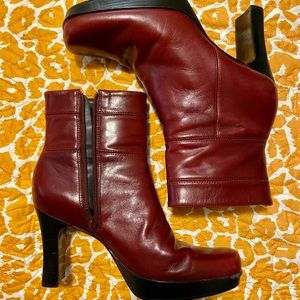 Vintage Nine West square toe heeled boots